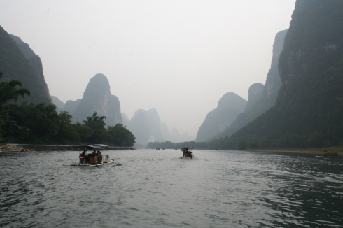 Menyusuri Sungai Li, Guilin, Tiongkok